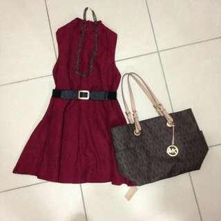 厚棉傘狀酒紅洋裝