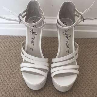 *sale pending* Betts White High Heel (size 8)