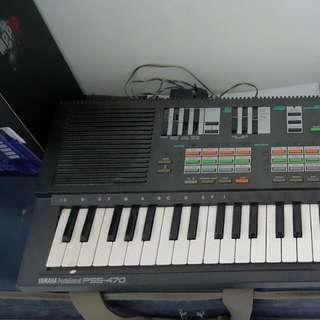 Vintage Yamaha Portasound Keyboard Pss 470