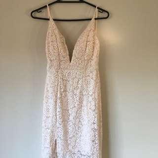 Cream Lace Backless Slit Maxi Dress