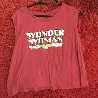 'Wonder Woman' Crop tee