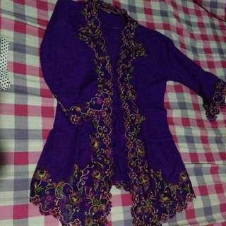 (preloved) kebaya ungu renda