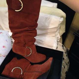 *price Drop*Suede Naughty Monkey Wedge Boots