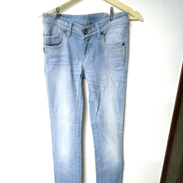 【全新】刷白牛仔長褲