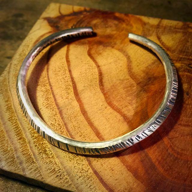 《手做設計》純銀質感波紋手環