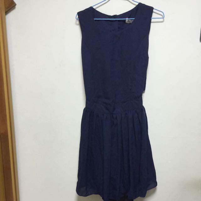 深藍後扣露腰洋裝