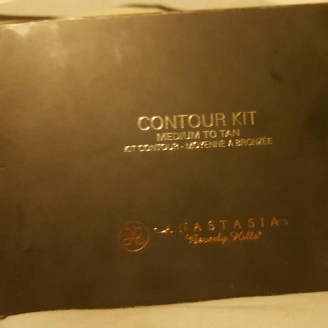Anastasia Beverly Hills Contour Kit Medium To Tan