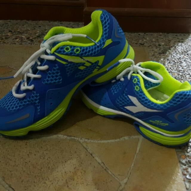 the best attitude 9ad97 c70b6 PENDING (BN)Diadora Sports Shoe Net Breathing System, Men s Fashion,  Footwear on Carousell