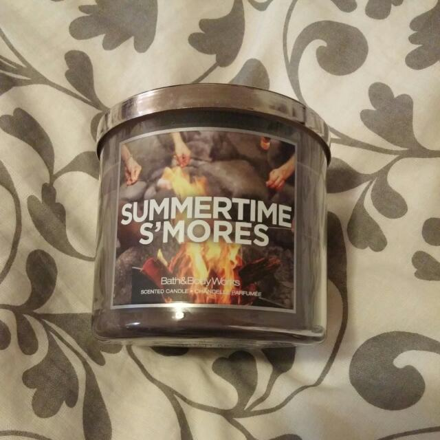 Candle Summertime S'mores