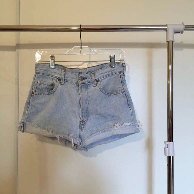 Levi 501 Denim shorts!
