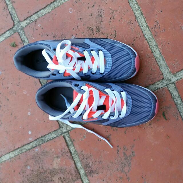 London Rebel Size 9 Shoes