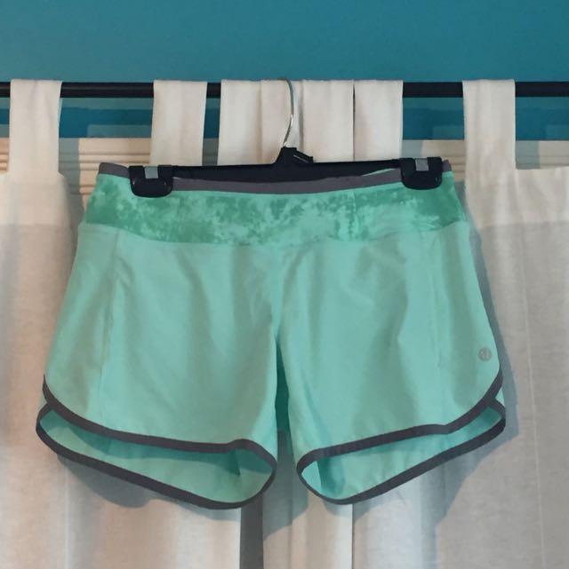 Lululemon Seafoam Green Shorts Size Small