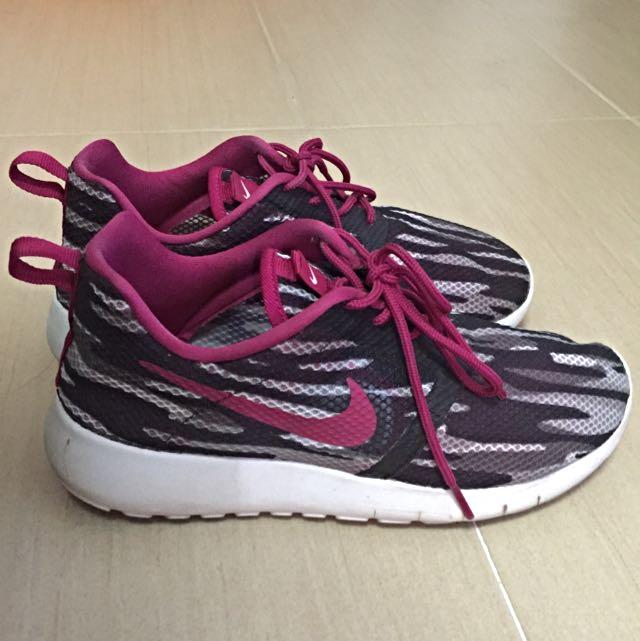 Nike Roshe Run / Roshe One