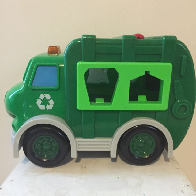 Remote Control Recycling Truck Shape Sorter