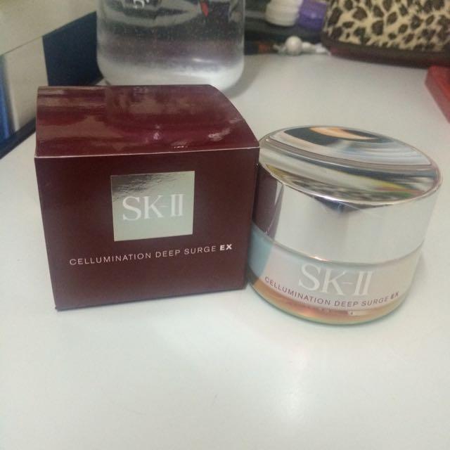 SK-II超解析光感鑽白修護凝霜