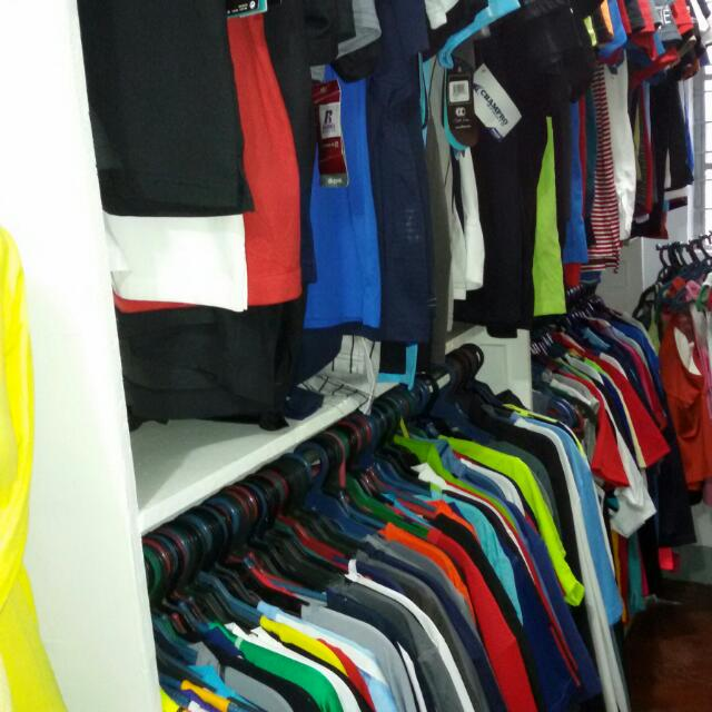 sport apparel mix sizes brand box all in good condition 100 to 120 pcs in one box all branded and originals
