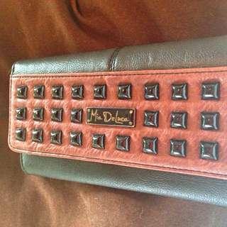 Mia DeLuca Wallet