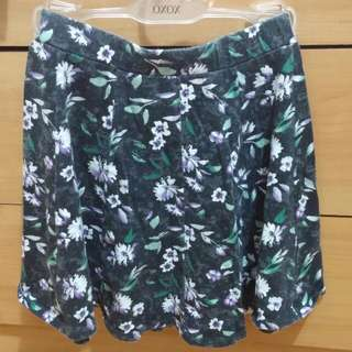 American Eagle Floral Skirt