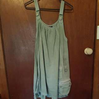 Roxy Size 8 Khaki Dress