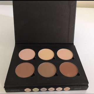 Authentic Anastasia Beverly Hills Contour Kit In Light To Medium