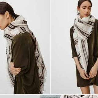 Aritzia Mixed Scarf Must Be In Birch And Taupe
