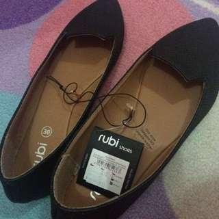 Ruby Shoes (Black Matte)
