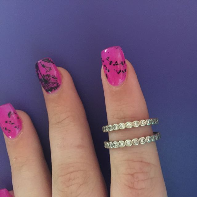 2 x Alluring Small Brilliant Cut Rings