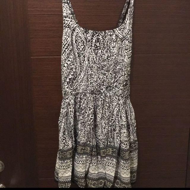 圖騰涼感小洋裝