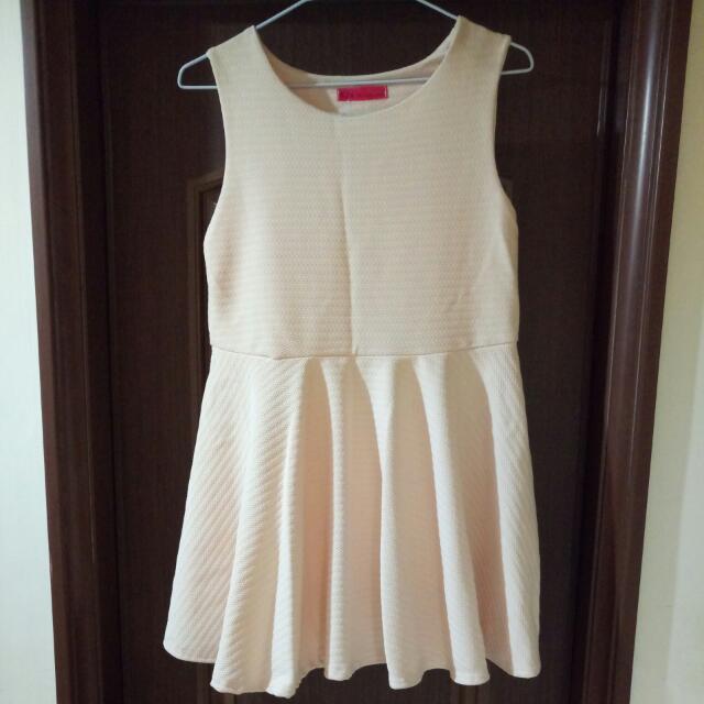 韓版粉色小洋裝