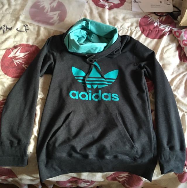 Adidas funnel-neck Hoodie (XL)