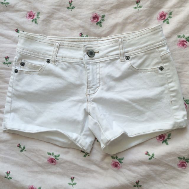 Bluenotes White Shorts