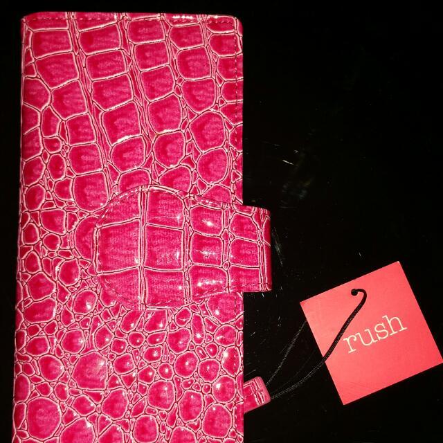 BNWT Rush Purse Pink