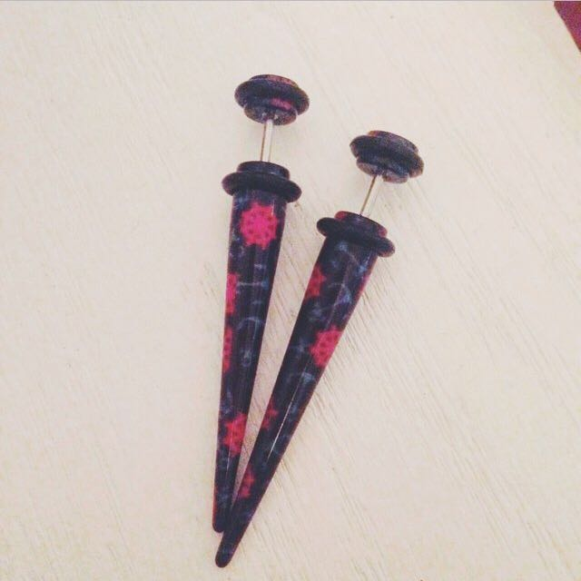 Claire's Faux Tapers
