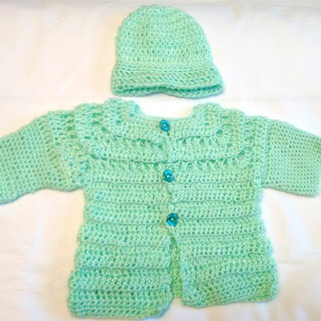 Green Soft Cardigan Knit With Hat