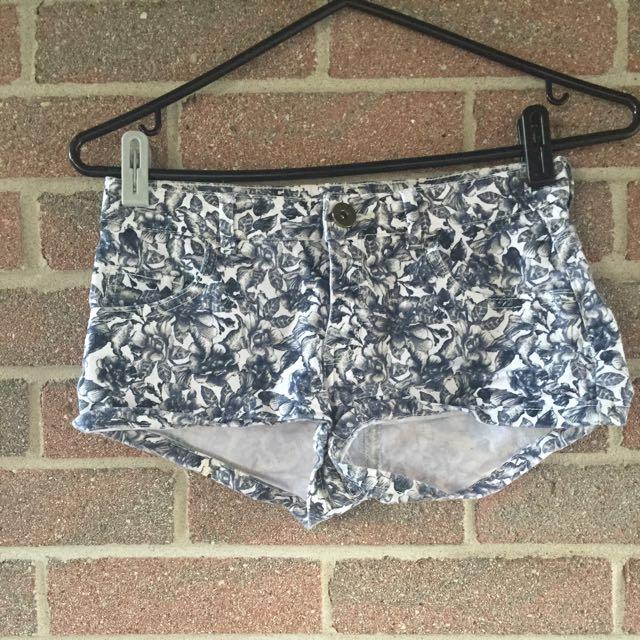H&M Rose Printed Shorts