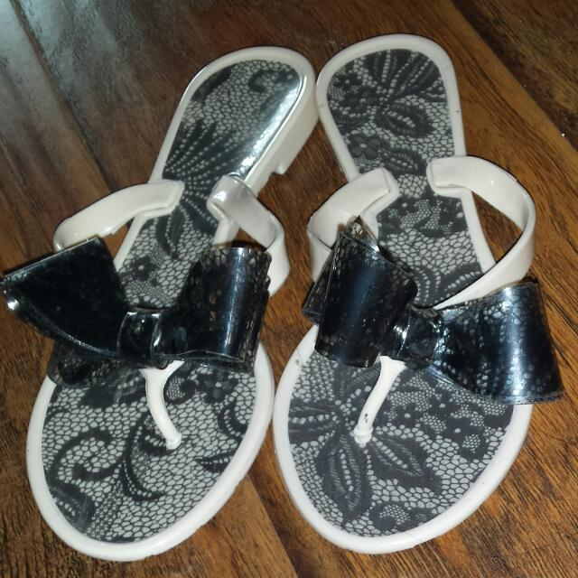 Lace Bow Tie Slippers