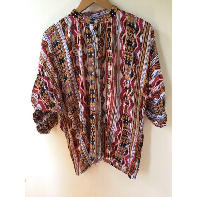 TRIBAL BLOUSE BATWING