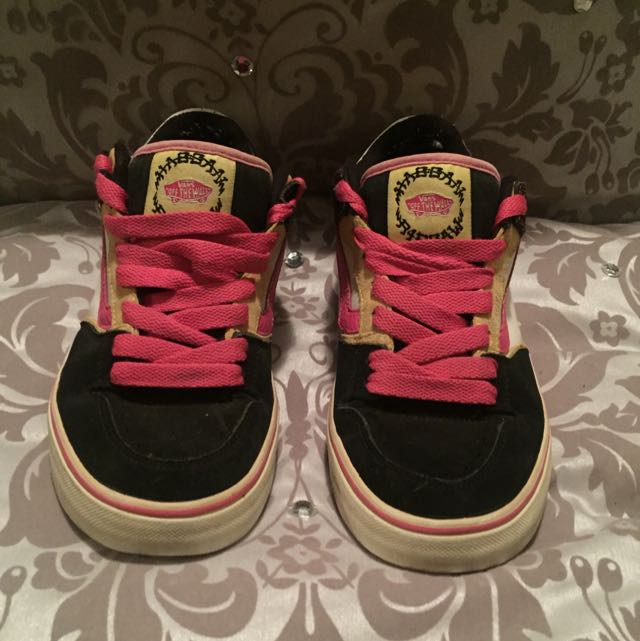 Vans Ripsaw Size 8.5