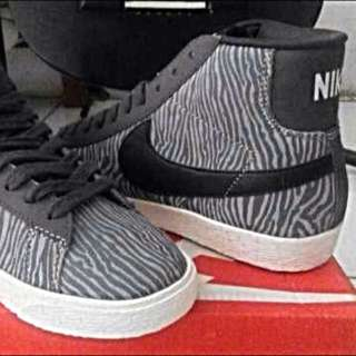 Nike Blazer Mid Suede Print