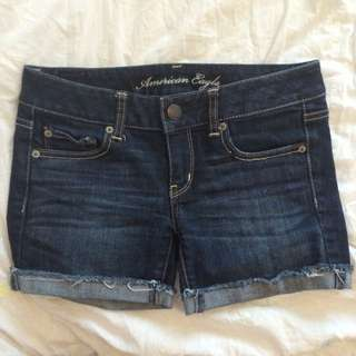 ✂️Size 2 American Eagle Denim Shorts✂️