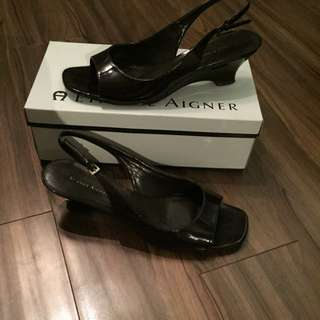 Etienne Aigner Brown Kitten Heels