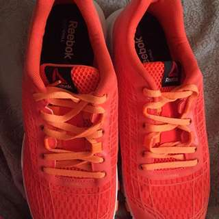 Reebok Running Shoes Woman's Size 9