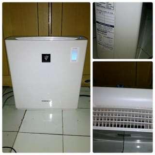 Air Purifier Merk Sharp
