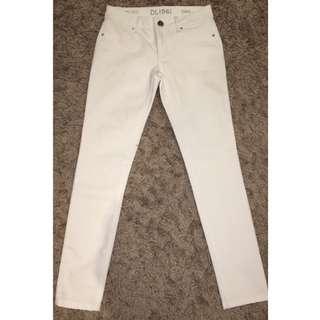DL1961 White Skinny Jeans