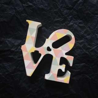TYPO LOVE DECOR