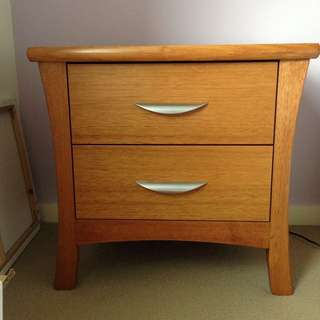 BEDSIDE TABLE Solid Timber