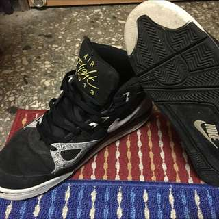 Nike 籃球鞋 US11.5