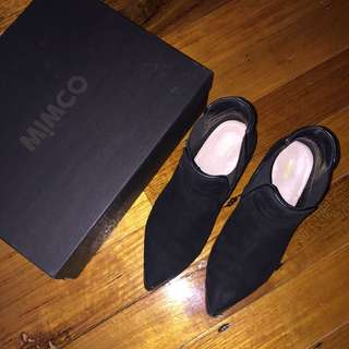 MIMCO TRIBUTE BLACK SUEDE ANKLE BOOTS SIZE 38