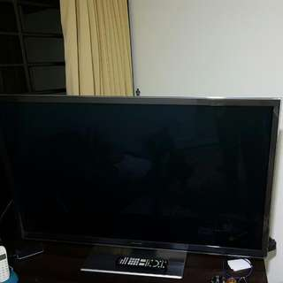 "50"" Smart 3D TV Panasonic With 3d Glasses"