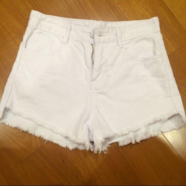 白色高腰短褲(mooncat 、starmimi 、水莎)